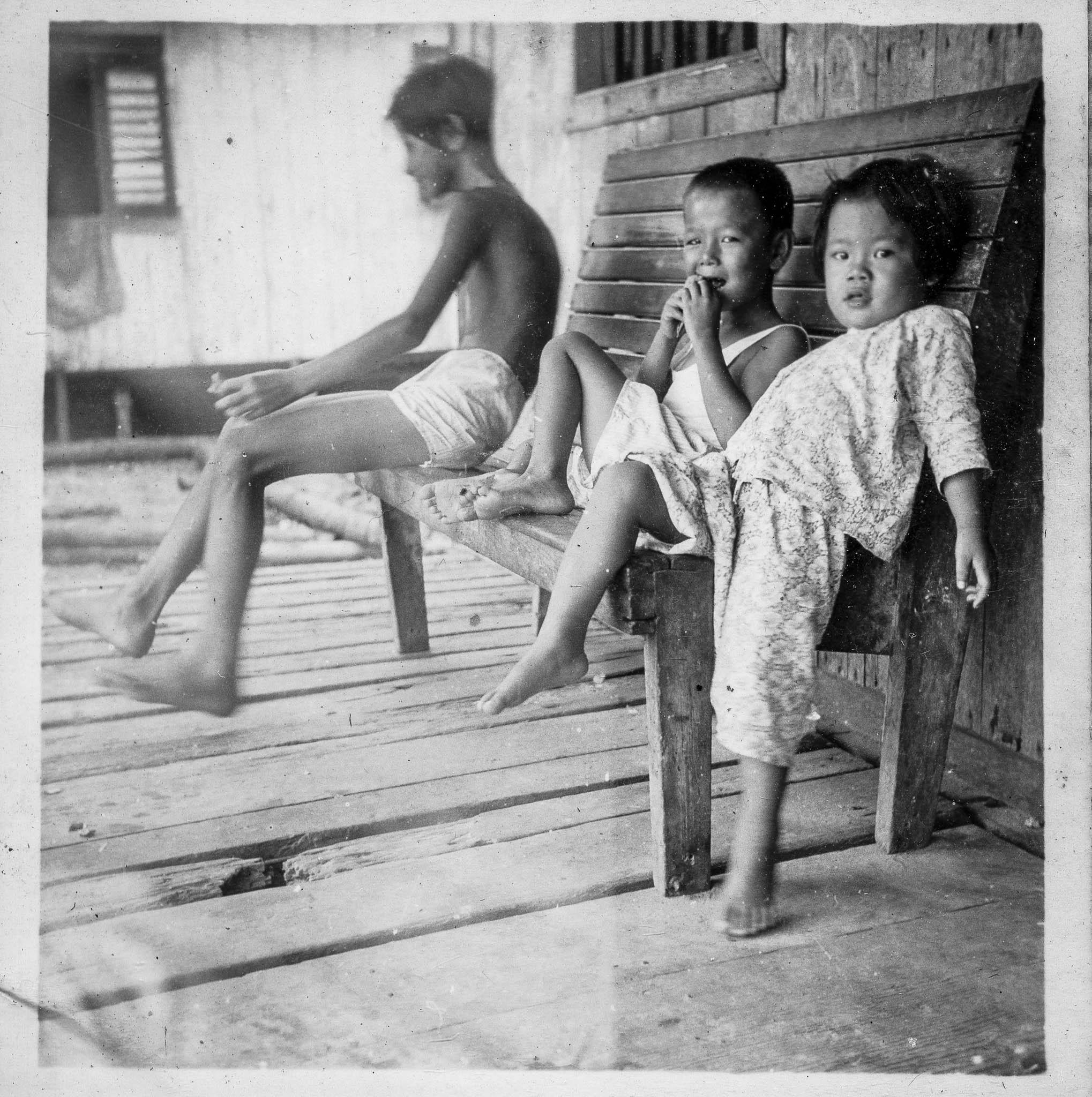 Teo's Island Album-06